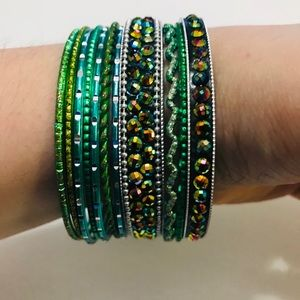 Jewelry - GREEN BANGLE SET